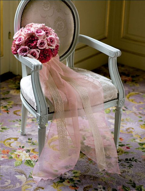 Pink, Dress, Cut flowers, Chair, Headpiece, Flower, Rose, Bridal accessory, Plant, Textile,