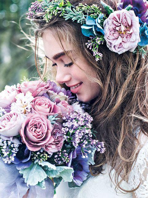 Petal, Flower, Bouquet, Purple, Pink, Hair accessory, Cut flowers, Flowering plant, Headgear, Beauty,