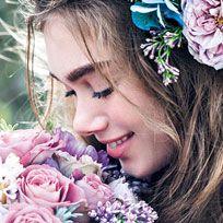 Flower, Bouquet, Beauty, Flower Arranging, Plant, Floristry, Rose, Smile, Headpiece, Cut flowers,