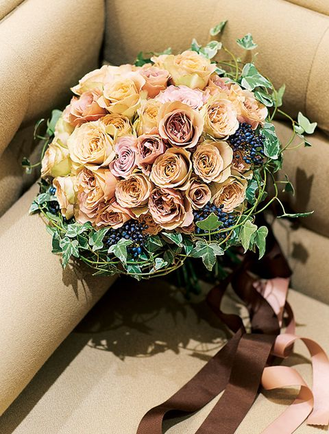 Flower, Bouquet, Rose, Cut flowers, Floristry, Flower Arranging, Garden roses, Plant, Floral design, Rose family,