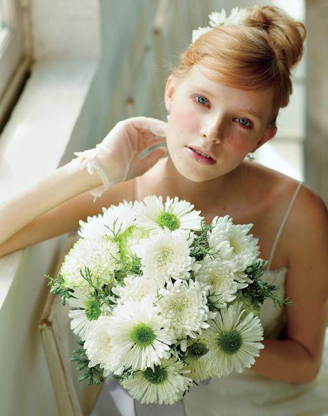 Clothing, Hair, Head, Hairstyle, Petal, Flower, Shoulder, Bouquet, Cut flowers, Flowering plant,