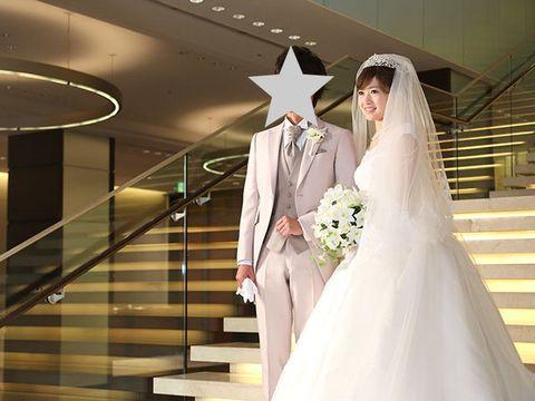 Wedding dress, Bride, Gown, Dress, Bridal clothing, Photograph, Bridal veil, Bridal accessory, Veil, Clothing,