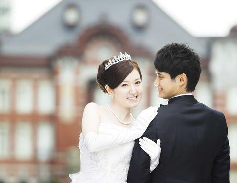 Photograph, Facial expression, Bride, Wedding dress, Skin, Beauty, Headpiece, Veil, Ceremony, Bridal clothing,