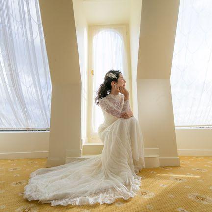 Wedding dress, Gown, Dress, Photograph, White, Bride, Bridal clothing, Clothing, Shoulder, Bridal accessory,