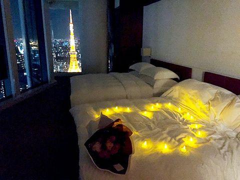 Light, Bed, Room, Sky, Yellow, Lighting, Bedroom, Furniture, House, Interior design,