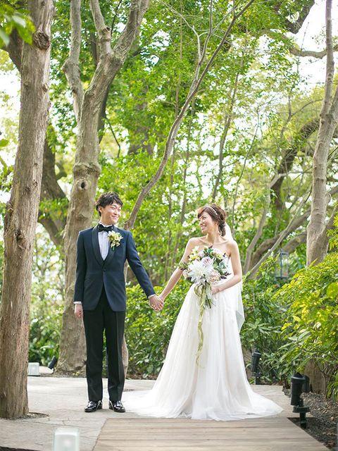 Clothing, Coat, Dress, Bridal clothing, Trousers, Shirt, Wedding dress, Suit, Tree, Photograph,