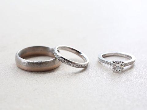 Ring, Body jewelry, Jewellery, Fashion accessory, Metal, Platinum, Wedding ring, Wedding ceremony supply, Silver, Finger,