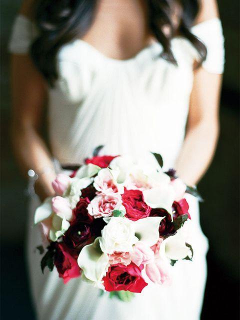 White, Bouquet, Flower Arranging, Photograph, Dress, Floral design, Flower, Floristry, Clothing, Pink,