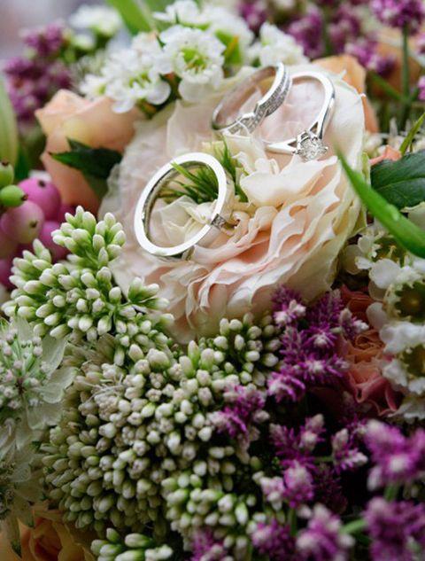 Flower, Bouquet, Flower Arranging, Plant, Cut flowers, Lilac, Floral design, Floristry, Petal, Wedding ceremony supply,