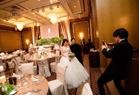 Photograph, Ceremony, Function hall, Event, Restaurant, Wedding, Wedding reception, Wedding banquet, Bride, Rehearsal dinner,