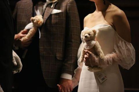 Fashion, Fur, Companion dog, Dress, Canidae, Performance, Non-Sporting Group, Ceremony,