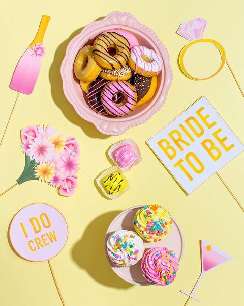 Food, Sweetness, Illustration, Cuisine, Frozen dessert, Bake sale, American food, Dish, Dessert,