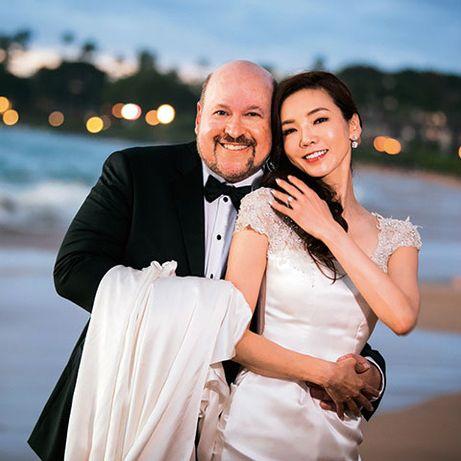 Photograph, Ceremony, Yellow, Photography, Event, Wedding, Honeymoon, Happy, Bride, Romance,