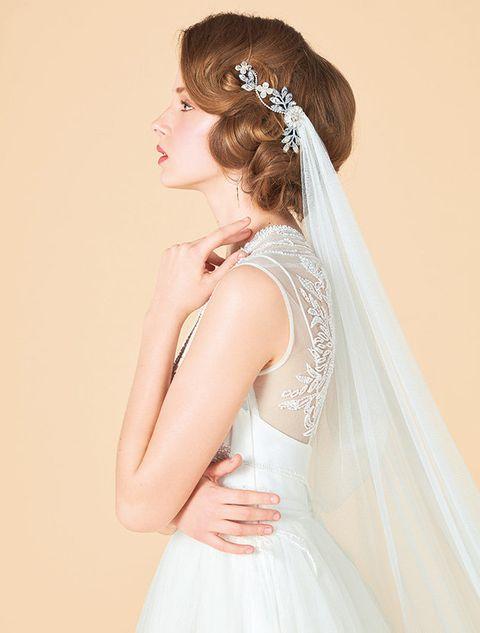 Clothing, Hairstyle, Sleeve, Bridal accessory, Forehead, Bridal clothing, Shoulder, Veil, White, Bridal veil,
