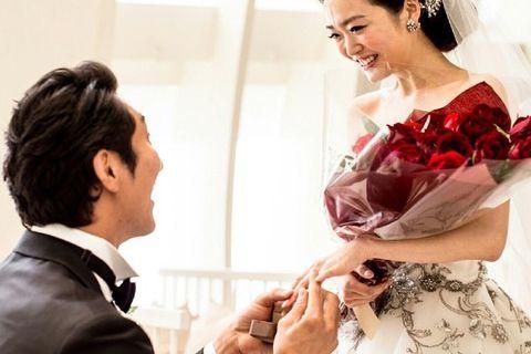 Hairstyle, Skin, Dress, Wedding dress, Bride, Bridal clothing, Formal wear, Gown, Wedding, Ceremony,