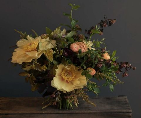 Flower, Floristry, Flower Arranging, Bouquet, Still life photography, Cut flowers, Floral design, Still life, Plant, Garden roses,