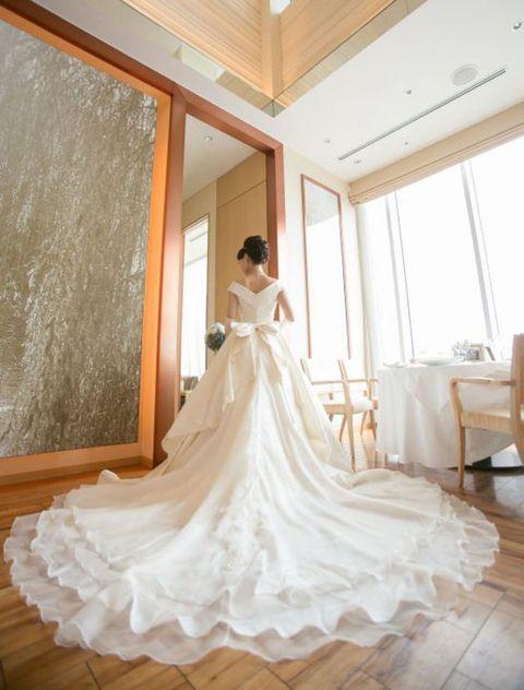 Wedding dress, Gown, Dress, Photograph, White, Bridal clothing, Bride, Clothing, Shoulder, Bridal party dress,