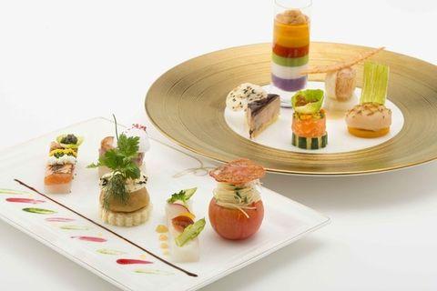 Food, Dish, Platter, Cuisine, Hors d'oeuvre, Finger food, appetizer, Table, À la carte food, Canapé,