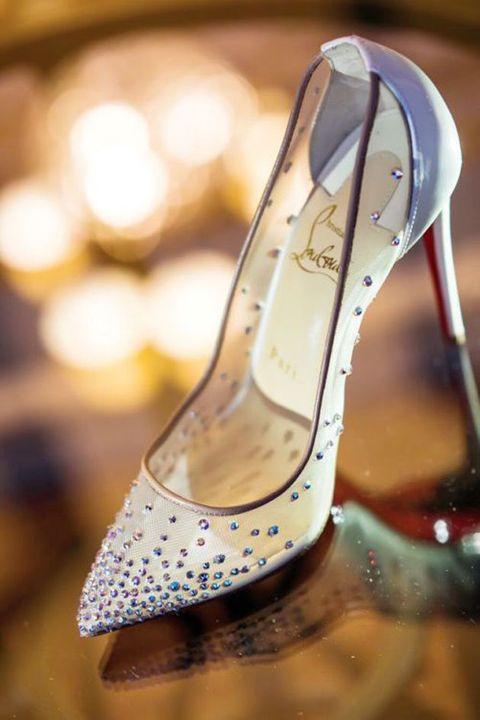Footwear, High heels, Shoe, Basic pump, Dress, Court shoe, Fashion accessory, Slingback,