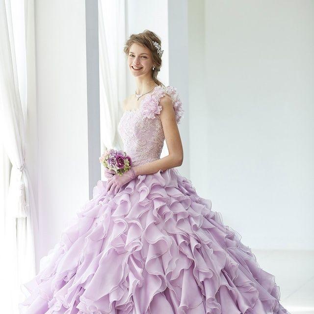 Gown, Dress, Clothing, Wedding dress, Bridal party dress, Purple, Bridal clothing, Fashion model, Shoulder, Pink,