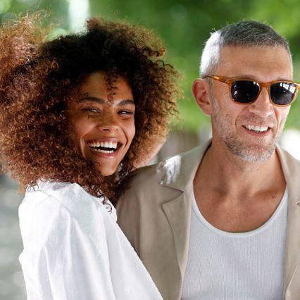 Eyewear, Hair, People, Sunglasses, Hairstyle, Fun, Cool, Glasses, Smile, Afro,