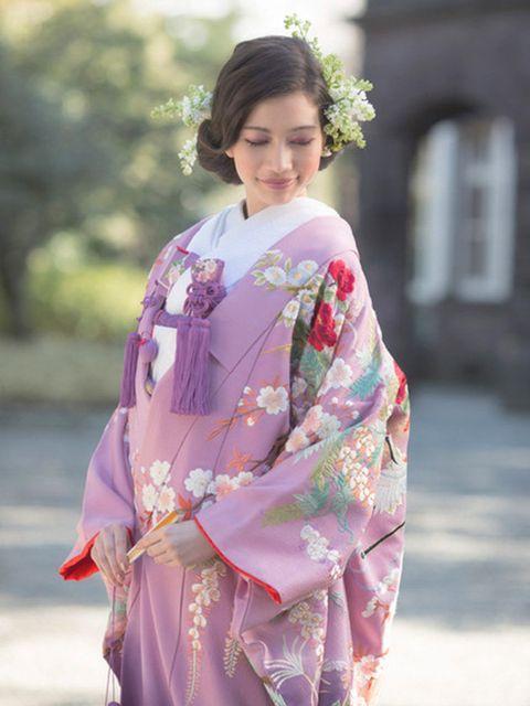 Clothing, Kimono, Costume, Pink, Purple, Tradition, Blossom, Shimada, Flower, Formal wear,