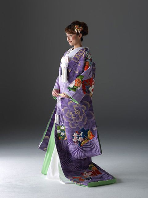 Clothing, Kimono, Purple, Costume, Formal wear, Fashion, Dress, Fashion design, Outerwear, Textile,