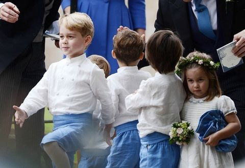 People, Child, Event, Ceremony, Tradition, Wedding, Plant, Flower, Family, Gesture,