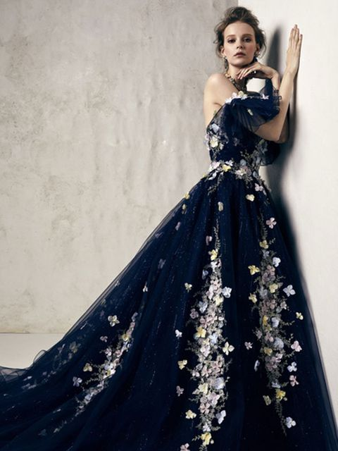 Gown, Dress, Fashion model, Clothing, Shoulder, Formal wear, Strapless dress, Haute couture, Fashion, Beauty,