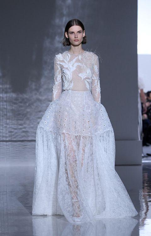 Sleeve, Shoulder, Dress, Formal wear, Style, Gown, Fashion model, Bridal clothing, Wedding dress, Fashion,