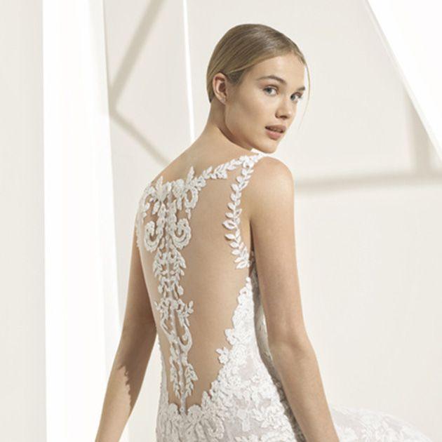 Clothing, Dress, Gown, Wedding dress, Shoulder, Cocktail dress, Fashion model, A-line, Fashion, Bridal clothing,