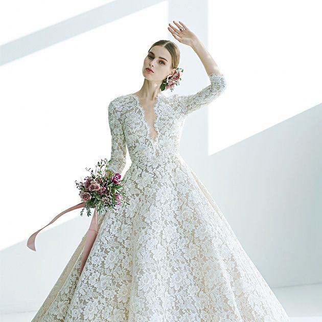 Gown, Wedding dress, Clothing, Dress, Fashion model, Bridal clothing, Shoulder, Bridal party dress, Bride, A-line,