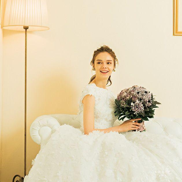 Gown, Dress, Wedding dress, Clothing, Bridal party dress, Bride, White, Photograph, Shoulder, Bridal clothing,