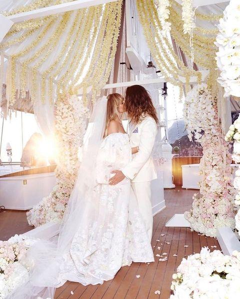 Photograph, Wedding dress, White, Dress, Veil, Bridal clothing, Bride, Gown, Bridal veil, Bridal accessory,