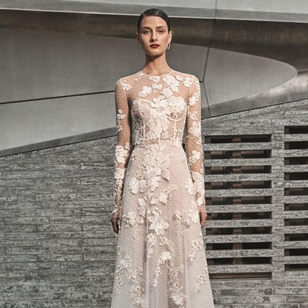Gown, Fashion model, Clothing, Dress, Wedding dress, Shoulder, Haute couture, Bridal party dress, Fashion, Bridal clothing,