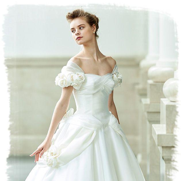 Gown, Wedding dress, Clothing, Dress, Shoulder, Bridal clothing, Fashion model, Photograph, Bridal party dress, Bride,