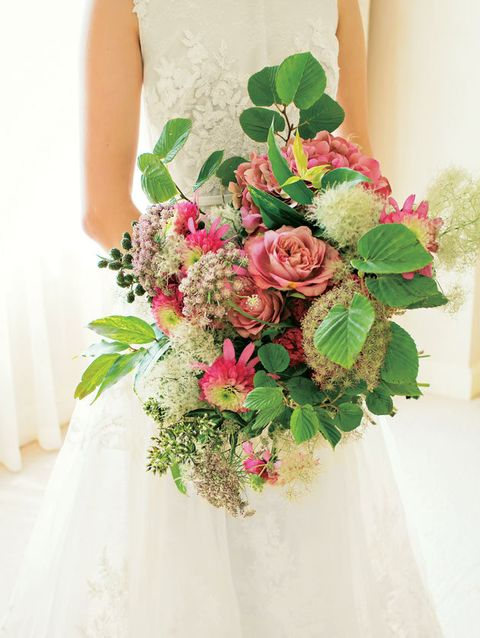 Flower, Bouquet, Flower Arranging, Pink, Cut flowers, Floristry, Floral design, Plant, Dress, Garden roses,