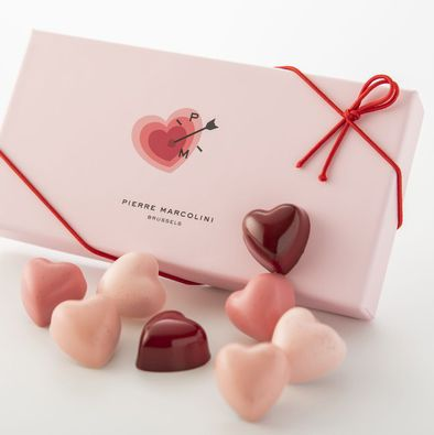 Pink, Heart, Wedding favors, Valentine's day, Hand, Party favor, Confectionery, Love,