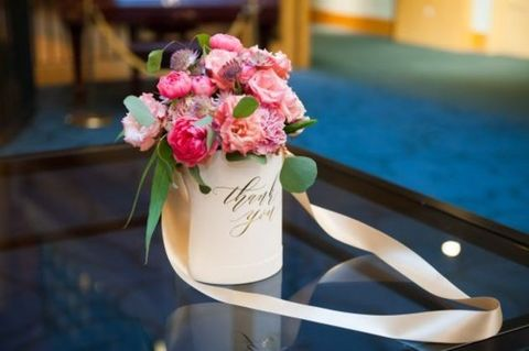 Photograph, Flower, Pink, Bouquet, Cut flowers, Flower Arranging, Floral design, Floristry, Plant, Table,