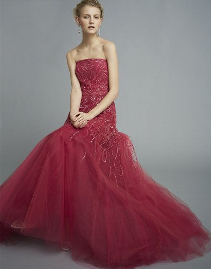 Gown, Clothing, Dress, Pink, Bridal party dress, Fashion model, Shoulder, Strapless dress, Formal wear, Waist,