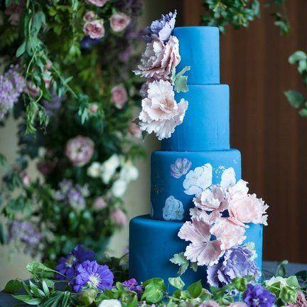 Wedding cake, Blue, Cake decorating, Sugar paste, Wedding ceremony supply, Purple, Flower, Lavender, Lilac, Cake,