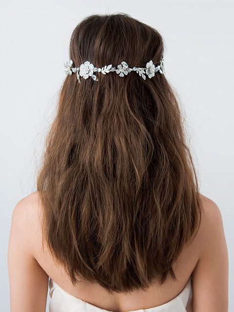 Clothing, Brown, Hairstyle, Shoulder, Hair accessory, Headpiece, Style, Headgear, Fashion accessory, Bridal accessory,