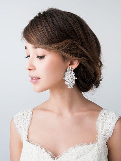 Clothing, Ear, Earrings, Hairstyle, Shoulder, Bridal accessory, Eyelash, Style, Beauty, Fashion accessory,