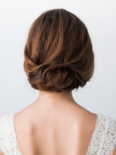Brown, Hairstyle, Chin, Shoulder, Joint, Style, Back, Neck, Brown hair, Beauty,