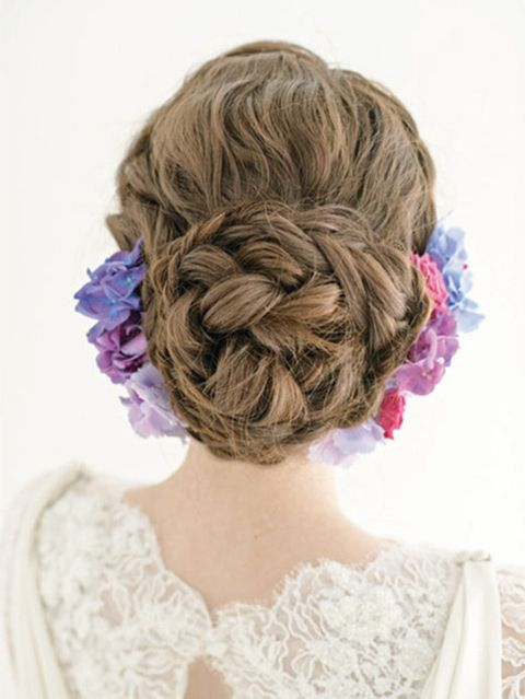 Hairstyle, Textile, Style, Purple, Hair accessory, Beauty, Violet, Lavender, Lace, Brown hair,