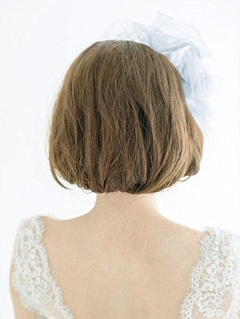 Brown, Hairstyle, Shoulder, Style, Back, Neck, Brown hair, Bangs, Long hair, Blond,