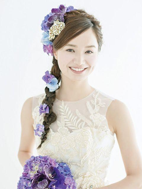 Blue, Purple, Petal, Hair accessory, Style, Dress, Headgear, Fashion accessory, Headpiece, Beauty,