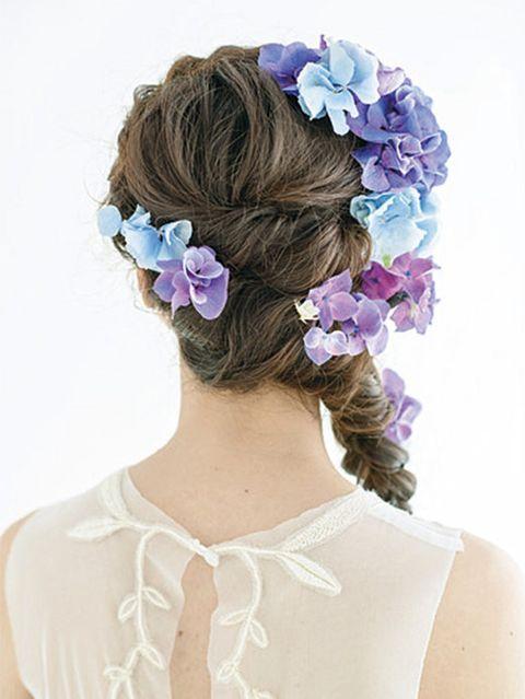 Hairstyle, Petal, Flower, Hair accessory, Purple, Style, Headgear, Lavender, Violet, Bridal accessory,
