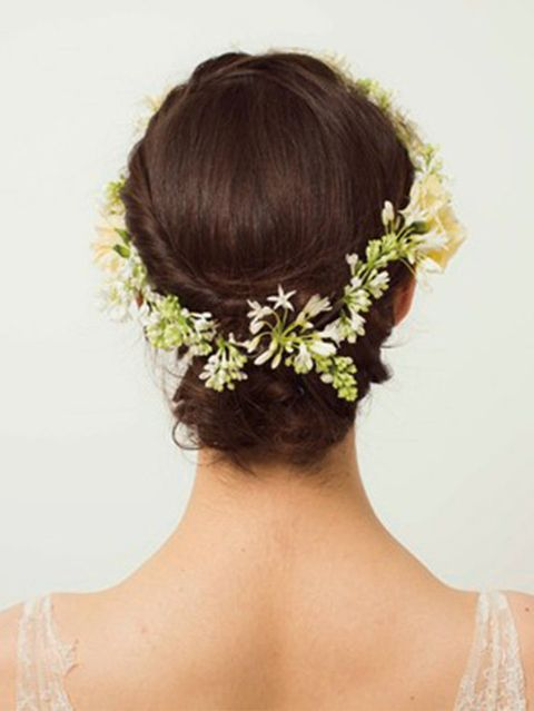 Hairstyle, Yellow, Hair accessory, Petal, Style, Headgear, Beauty, Neck, Back, Headpiece,