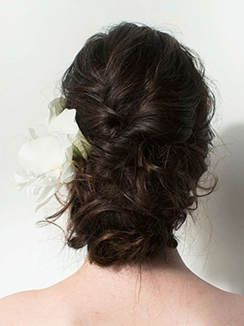 Hair, Hairstyle, Shoulder, Style, Back, Neck, Brown hair, Hair coloring, Long hair, Liver,